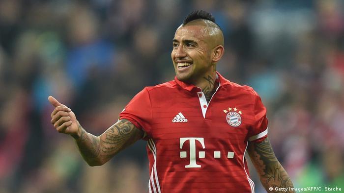 Fußball Bundesliga FC Bayern München v Mönchengladbach Arturo Vidal Torschütze (Getty Images/AFP/C. Stache)