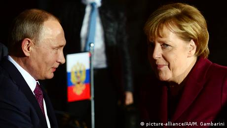 Angela Merkel und Wladimir Putin in Berlin (picture-alliance/AA/M. Gambarini)