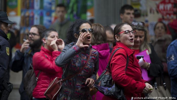 Spanien Madrid Proteste vor Hauptquartier der Sozialisten