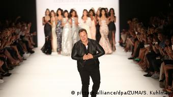 Guido Maria Kretschmer at Berlin Fashion Week (picture-alliance/dpa/ZUMA/S. Kuhlmey)