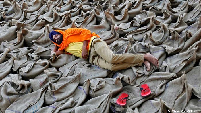 Global Ideas Through the lens (Reuters/A. Verma )