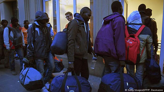 Migrants arrive in Lyon