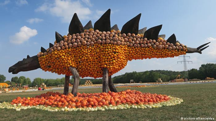 Pumpkin sculpture in Mechernich (picture-alliance/dpa)
