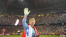 Munich former soccer goalkeeper Oliver Kahn waves to supporters during his lap of honour after his farewell match between FC Bayern Munich and the German national soccer team in Munich, southern Germany, Tuesday, Sept. 2, 2008. (AP Photo/Christof Stache) *** Eds note: German spelling of Munich is Muenchen ***
