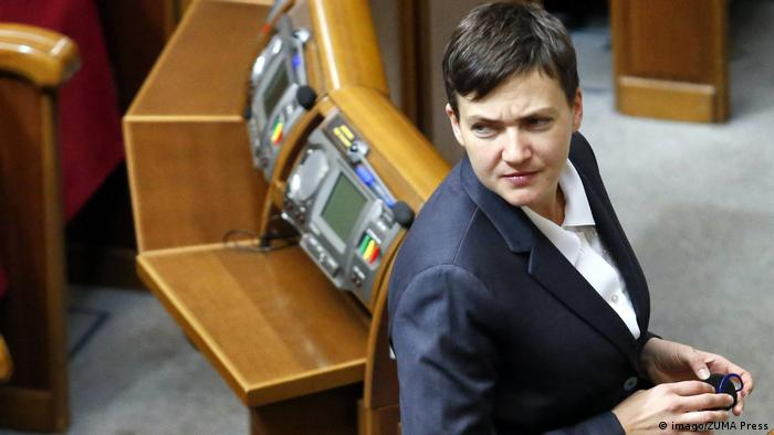 Надія Савченко у залі Ради, жовтень 2016 року