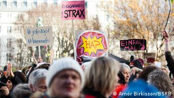 Isländerinnen protestieren wegen Gender Pay Gap (Foto: Arnór Birkisson/BSRB)