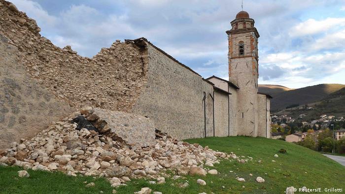 Italien Erdbeben - Zerstörung in Norcia