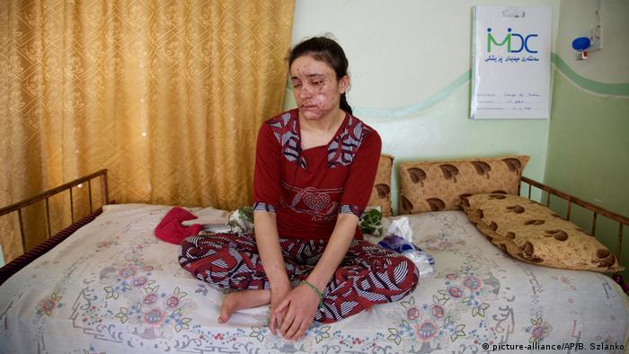 Irak Lamia Hadschi Baschar Jesiden IS-Verfolgte (picture alliance / AP)