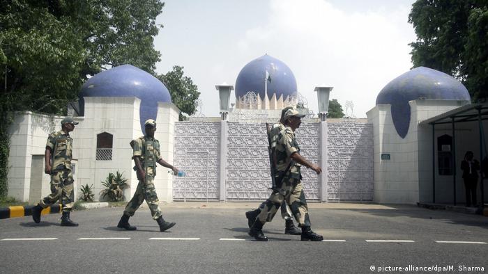 Indien Neu Delhi Pakistanische Botschaft Soldaten