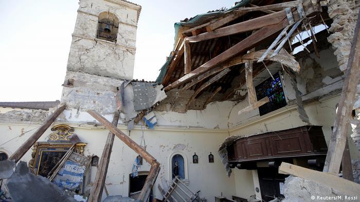 Italien Erdbeben (Reuters/M. Rossi)