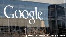 FILE - This Thursday, Jan. 3, 2013, file photo shows Google's headquarters in Mountain View, Calif. Alphabet Inc., the parent company of Google, reports financial results Thursday, Oct. 27, 2016. (AP Photo/Marcio Jose Sanchez, File) (c) picture-alliance/AP Photo/M. J. Sanchez