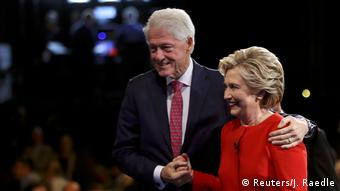 USA Hillary Clinton und Bill Clinton (Reuters/J. Raedle)