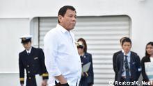 27.10.2016+++ Philippine President Rodrigo Duterte inspects Japan's coast guard drills in Yokohama, Japan October 27, 2016. REUTERS/Kazuhiro Nogi/Pool