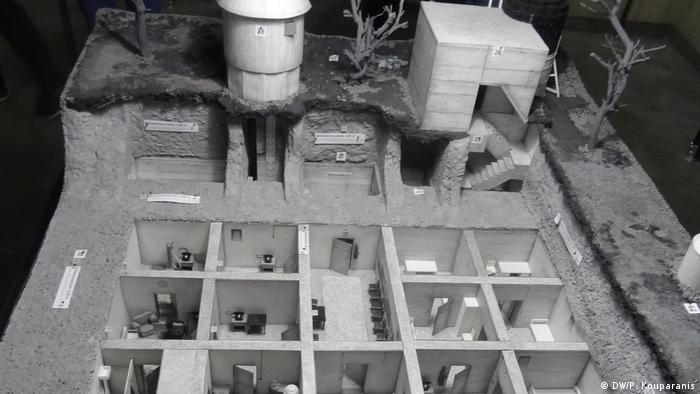 Deutschland Berlin - Eröffnung der Ausstellung Dokumentation Führerbunker - Modell des Führerbunkers (DW/P. Kouparanis)
