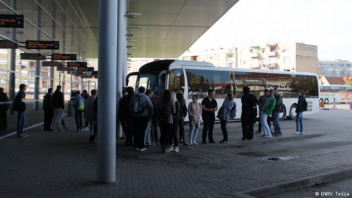 Koratien - Busbahnhof Osijek (DW/V. Tešija)