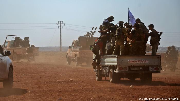 Syrien Beraan Bewaffnete der Free Syrian Army (Getty Images/AFP/N. Al-Khatib)