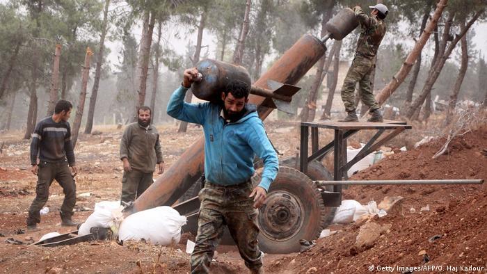 Syrien Aleppo Offensive der Rebellen (Getty Images/AFP/O. Haj Kadour)
