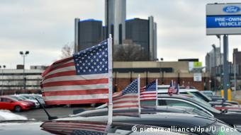 Επενδύουμε και παράγουμε στις ΗΠΑ υπόσχονται οι αμερικανικές αυτοκινητοβιομηχανίες