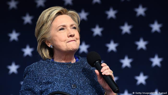 USA Neue FBI-Untersuchung zu Clinton-Emails (Getty Images/AFP/J. Samad)