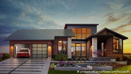 USA Vorstellung Solardach von Tesla und SolarCity (picture-alliance/Newscom/Tesla/UPI)