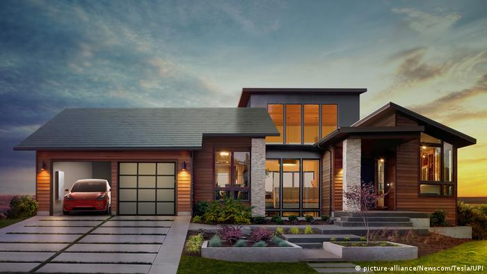 Сонячний дах від Tesla та SolarCity (picture-alliance/Newscom/Tesla/UPI)