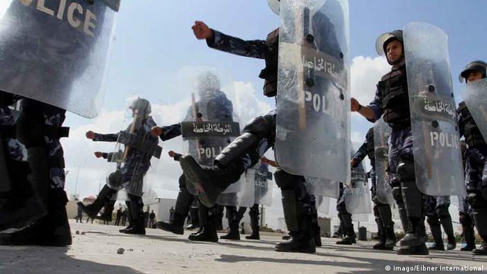 PalästinaTraining der palästinensichen Polizei