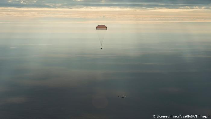 Kasachstan Astronauten von ISS zur Erde zurückgekehrt (picture-alliance/dpa/NASA/Bill Ingall)