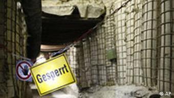 Atom Endlager Asse Durchgang gesperrt