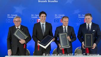 Belgien EU Kanada Gipfel CETA Unterschrift (picture alliance/AP Photo/T. Monasse)
