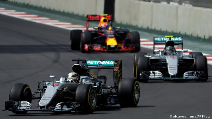 Rosbergs WM-Krönung vertagt