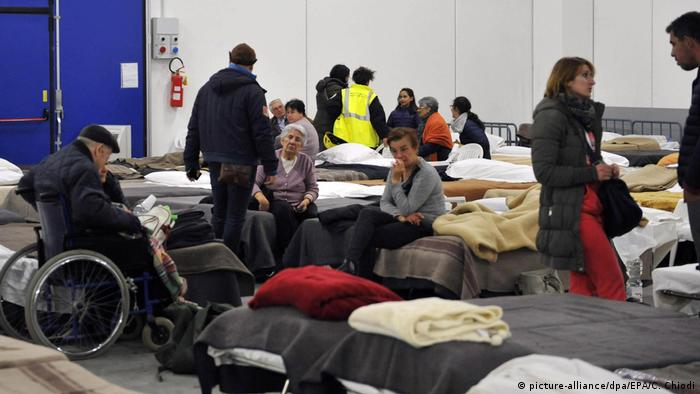Italien Notunterkunft nach dem Erdbeben