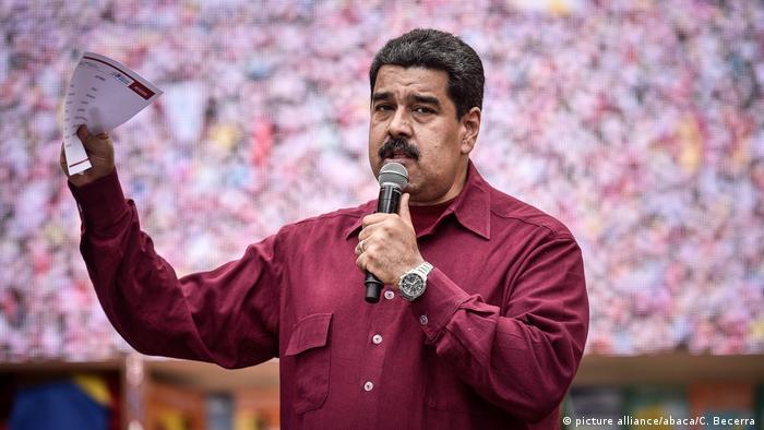Venezuela Nicolas Maduro (picture alliance/abaca/C. Becerra )
