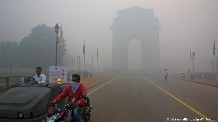Indien Luftverschmutzung Diwali (picture-alliance/dpa/M.Swarup)
