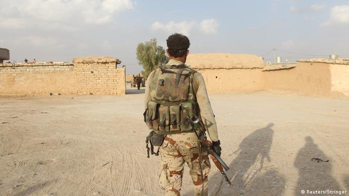 Schiitische Milizionäre am Sonntag im Süden von Mossul