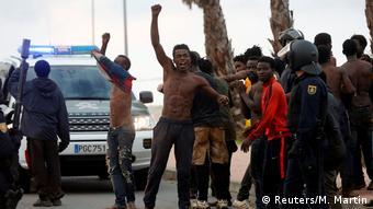 Afrika Europa spanische Enklave Ceuta - Flüchtlinge