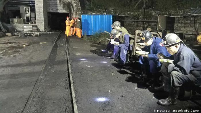 China Grubenunglück in Jinshangou (picture alliance/dpa/Pu Dewen)