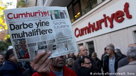 В німецькому уряді розкритикували черговий наступ на ЗМІ у Туреччині