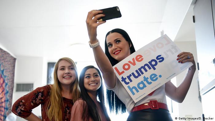 Кейті Перрі, кампанія за Гілларі Клінтон