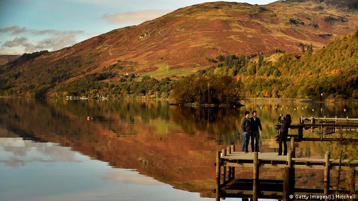 Loch Lomond Through the lens Schottland (Getty Images/J.J.Mitchell)
