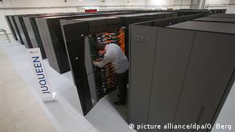 Deutschland Supercomputer Juqueen (picture alliance/dpa/O. Berg)