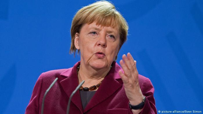 Berlin Bundeskanzlerin Merkel Pressekonfernez (picture-alliance/Sven Simon)