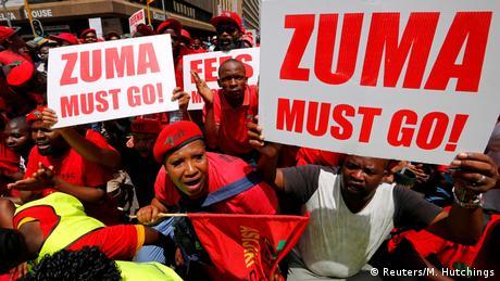 У ПАР вимагали відставки президента через корупційні скандали: поліція розігнала акцію