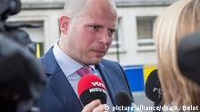 Friday 17 June 2016*** State Secretary for Asylum Policy, Migration and Administrative Simplification Theo Francken arrives for a Minister's council meeting of the federal government in Brussels, Friday 17 June 2016. BELGA PHOTO AURORE BELOT  