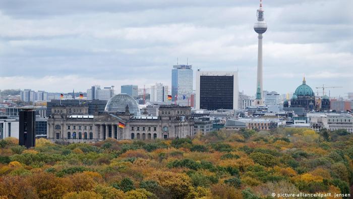 BdT Berlin Herbstlicher Blick von der Siegessäule
