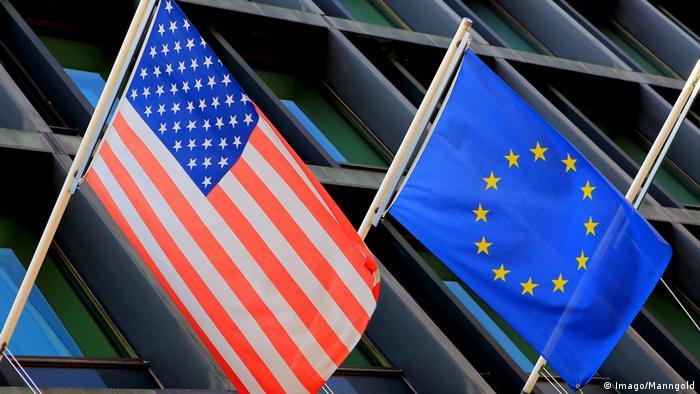 EU und US Fahne (Imago/Manngold)