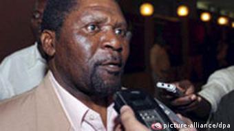 UNITA-Chef Isaias Samakuva: Er will die Wahl anfechten (dpa)