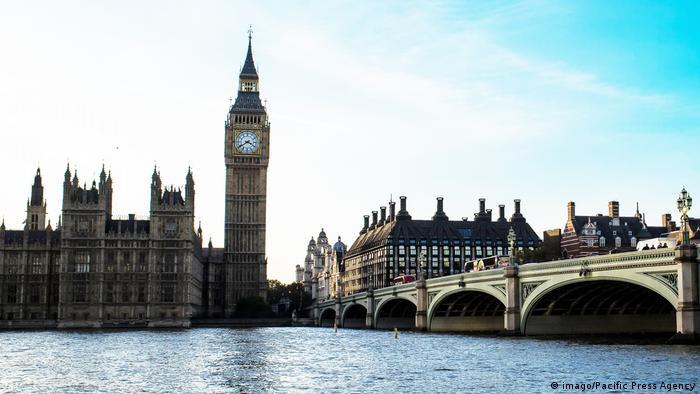 Großbritannien Parlament Big Ben Westminster Bridge (imago/Pacific Press Agency)