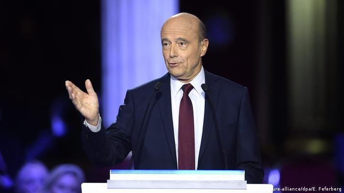 Alain Juppé a declarat în dezbaterea televizată că dacă va câștiga, nu va recunoaște anexarea Crimeei.