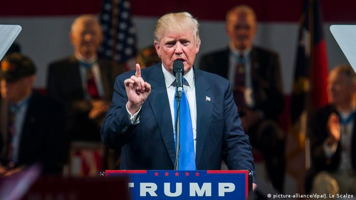 USA Donald Trump Wahlkampf North Carolina (picture-alliance/dpa/J. Lo Scalzo)