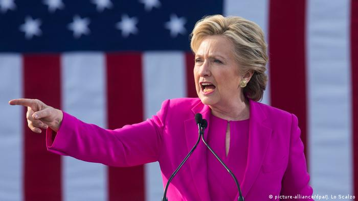 USA Hillary Clinton Wahlkampf North Carolina (picture-alliance/dpa/J. Lo Scalzo)